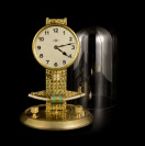 TABLE CLOCK WITH GLASS COVER []