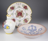 Set of folk ceramics []
