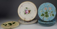 SET OF ECORATIVE PLATES []