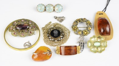 Collection of bijou jewellery