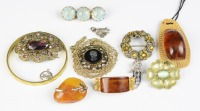 Collection of bijou jewellery []