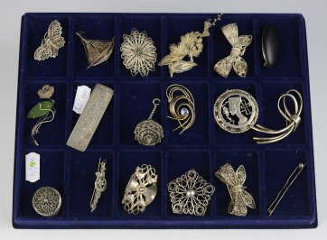Collection of filigree brooches