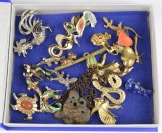 Collection of brooches - animals []