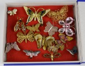 Collection of brooches - butterflies []