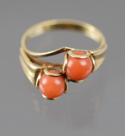 Gold Ring with Corals