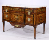 Commode Louis XV / XVI, Transition style []