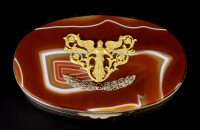 Box with Agate and Diamonds []