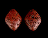 Two-part Lacquered Netsuke []