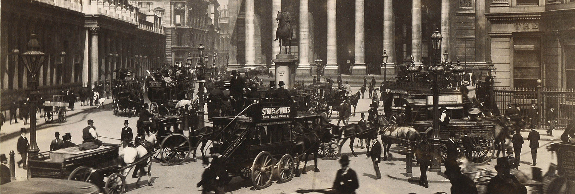 Bank & Royal Exchange 1895 [George Washington Wilson (1823-1893)]